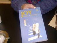 El caso del libro desaparecido. Joy